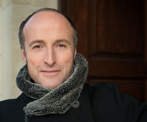 Rufus Müller sings Evangelist in Bach St Matthew Passion in Canterbury Cathedral